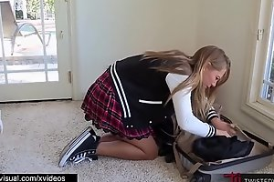Evil Stepmom Revenge Fucks Her Step Daughter Carter Cruise While Dad Isn'_t Home
