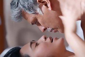 Sayani Gupta Sex Scene 2 - Four More Shots Please Web Series