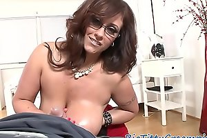 Spex milf titfucking after titplay