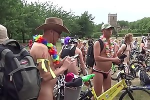 Bristol Naked Bike Ride 2018 https://nakedguyz.blogspot.com