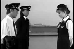 Yaya Kouzuki, Stewardess