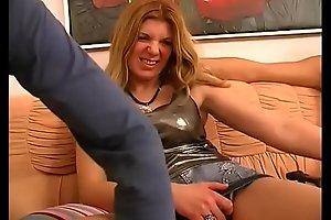 Pretty girl filmed in a hot threesome!