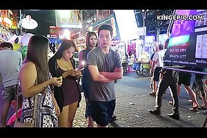 Thai Girls in Pattaya Walking Street Thailand!