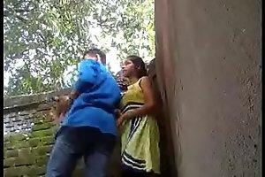 www.mp4mms.in (Mumbai virgin Girl Park Sex Mms Leaked)