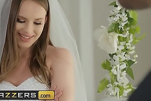 (Jillian Janson, Nina Hartley, Alex Legend) - Ninas Chapel of Lust Part 2 - Brazzers