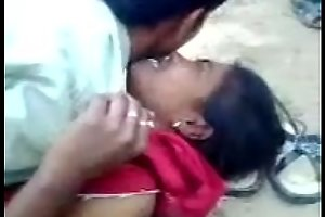 Desi tamil coupling screwing outside,