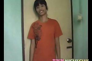 ????? 21 yo Boom from Bangkok Chinatown - 500 baht Part 1 BKKNightguide.com