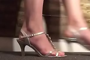 Showing off some heels ... and my feet _)